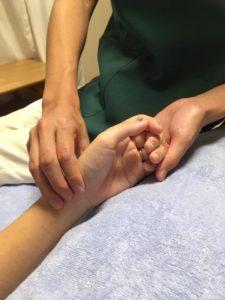 広島県呉市の鍼灸院・整体院【悠心堂】の脈診